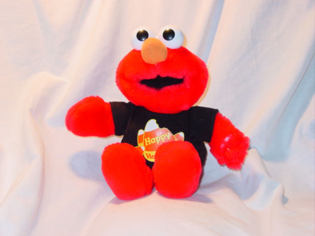 Fisher Price - Halloween Elmo - Model #39319